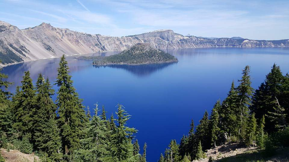 Crater lake Oregon usa